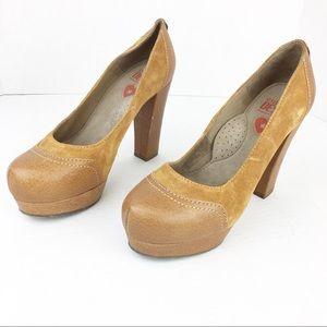 SZ 7 Cognac Platform Suede/Leather Heels